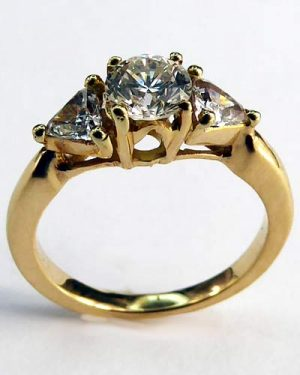 1 ct. 3 Stone Diamond Ring 880-4261 side