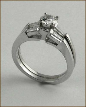 18k Diamond Wedding Set .92 cttw side