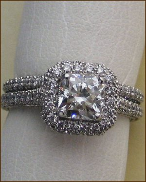 18k Dream Diamond Wedding Set