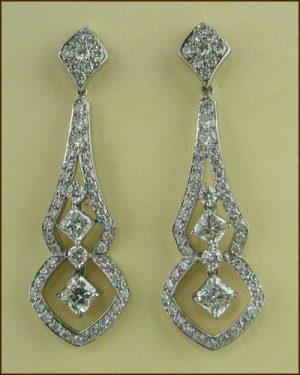 18k Enticing Diamond Earrings 893-935