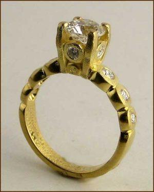 18k Gold Candy Diamond Ring 886-7305