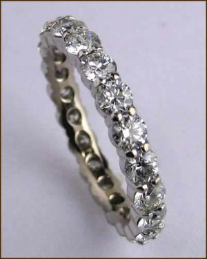 18k White Multiplicity Eternity Band
