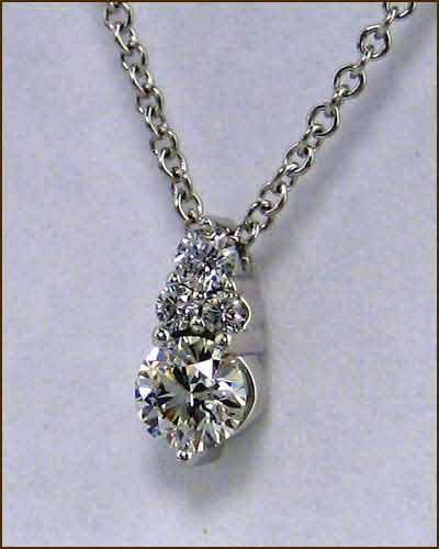40ct Diamond Triplicity Pendant side