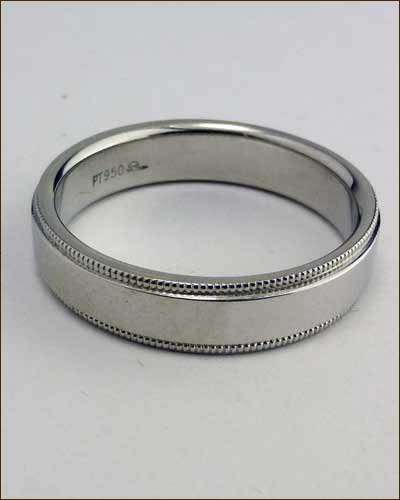 Platinum Men's Band with Milgrain Edge