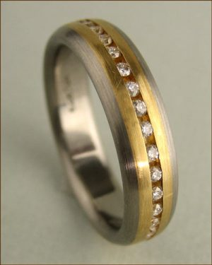 Jerry Spaulding Titanium, 18k Gold and Diamond Band Standing Up