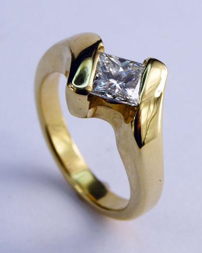 .80 ct. Princess Cut Diamond Ring 880-4016 side