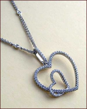 Tycoon 18k Double Heart Necklace side