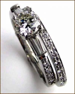 Martin Flyer Diamond Wedding Set