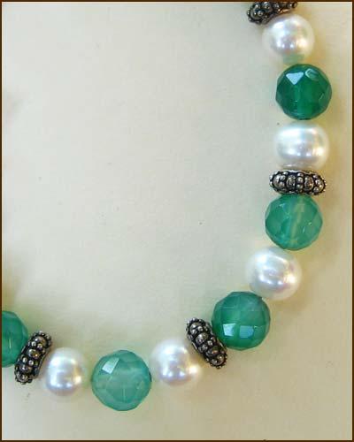 Silver Green QuartzPearl Bracelet detail