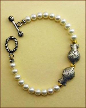 Silver Pearl Fish Bracelet 886-7315