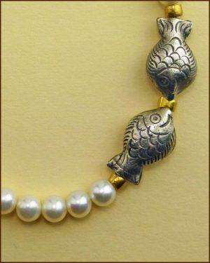 Silver Pearl Fish Bracelet 886-7315 detail