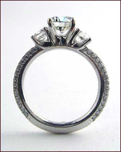 Tycoon 18k Diamond Ring , 2.03 ct side